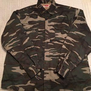 Wrangler Men's Sherpa-style Lined Camo Soft Jacket
